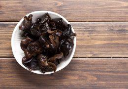 黒キクラゲの薬膳的効能と使い方